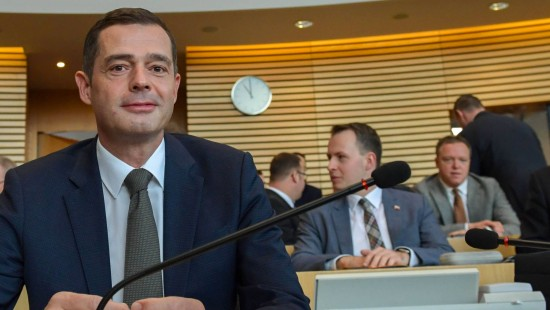 Mohring zieht sich als CDU-Landeschef zurück
