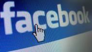 Vollautomatisiert: Facebook verbreitet unbeabsichtigt menschenverachtende Botschaften.