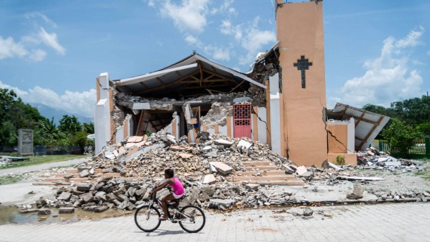 Unmut unter Erdbebenopfern in Haiti wächst