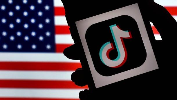 Biden zieht Verbote von TikTok und WeChat zurück