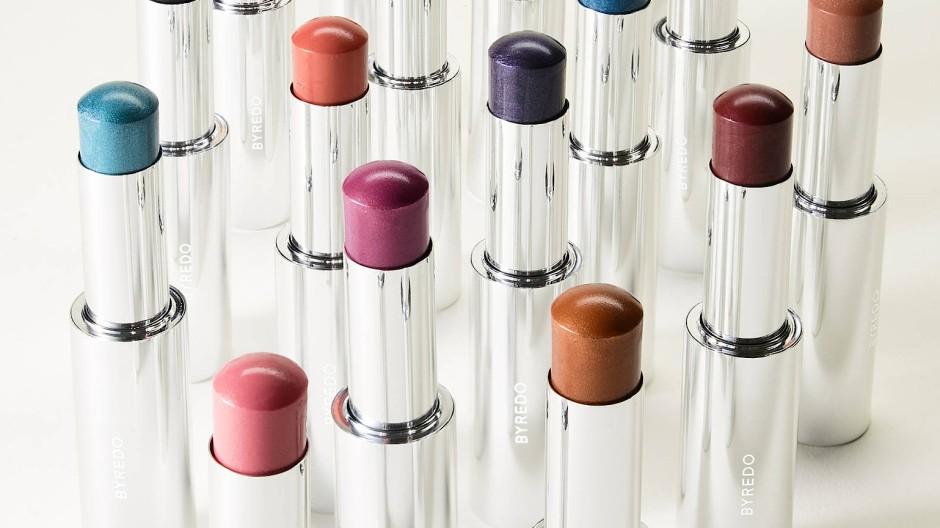 Andere Töne: Make-up von Byredo bietet Alternativen zum typischen Rot.