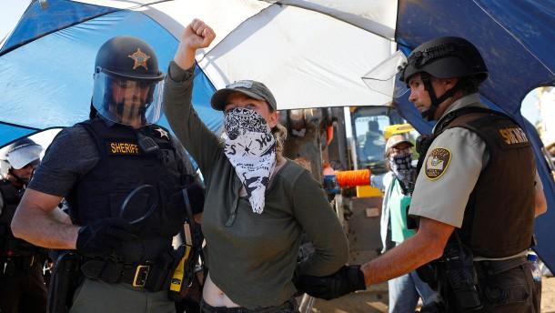 Proteste an Erdöl-Pipeline in den USA
