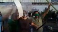 """Revolutionsgarden drohen mit """"entscheidendem Einsatz"""""""