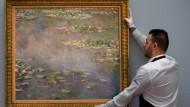 Seerosen-Bild von Monet für rund 39 Millionen Euro versteigert