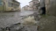 Verstrahltes Wasser und eine Explosion