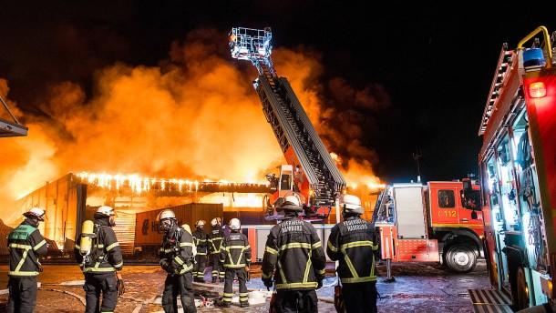 Feuerwehr warnt Bevölkerung