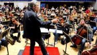 Erster Auftritt des Internet-Orchesters