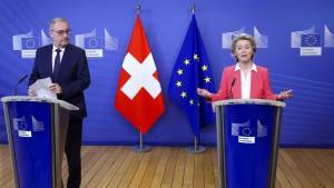 Warum die Schweiz-EU-Beziehungen vor einem Scherbenhaufen stehen