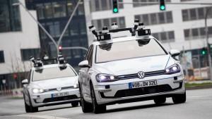 Wie sollen Autos in der EU miteinander kommunizieren?