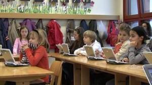 Viertklässler testen digitales Klassenzimmer