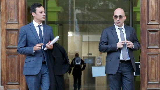 Geschäftsmann wegen Beihilfe angeklagt