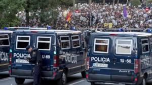 Spanier und Portugiesen protestieren gegen Sparpolitik