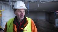 """""""Traumjob"""" Sprengmeister: Eduard Reisch bei den Vorbereitungen im AfE-Turm"""