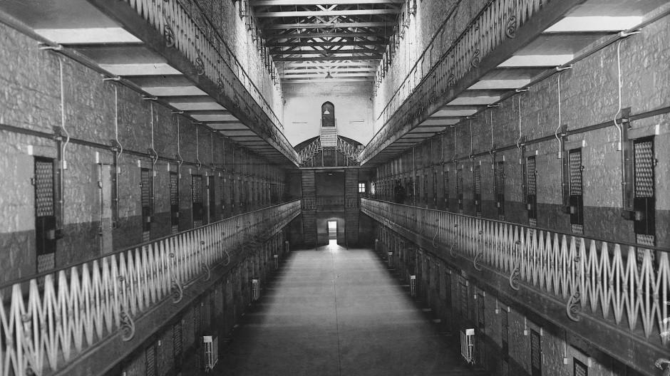 Gefängniszellen in einem New Yorker Gefängnis 1931.