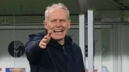 Selbst Freiburg-Trainer Streich bekommt es mit der Angst zu tun