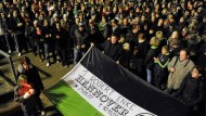 Tausende nehmen Abschied von Robert Enke