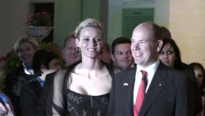 Monacos neues Fürstenpaar feiert in Südafrika