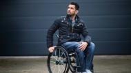 Rollstuhl Nebensache: Tan Caglar ist auch als Model an der Spitze.