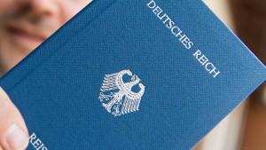 Zahl der Rechtsextremisten in Hessen gestiegen
