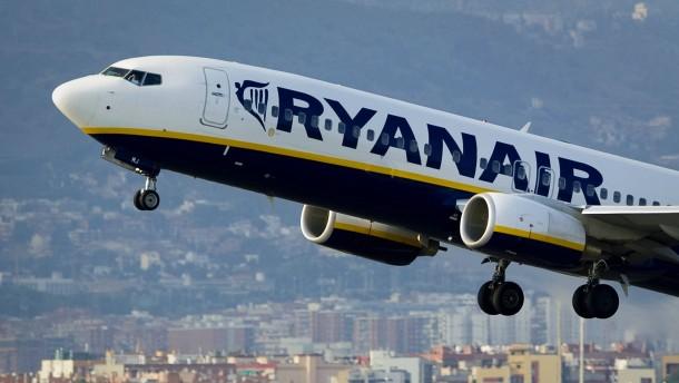 Ryanair kündigt neue Basis in Berlin an