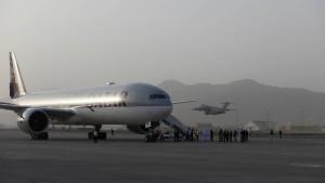 Mehr als 250 Ausländer konnten seit Donnerstag Kabul verlassen