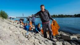Müll sammeln gegen die Plastikflut