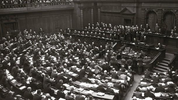 Artikel 48: Sind Notverordnungen verfassungsmäßig?
