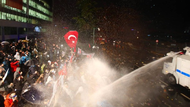 Turkish government to take control of major opposition newspaper