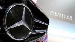 Investoren fordern fast 900 Millionen Euro von Daimler