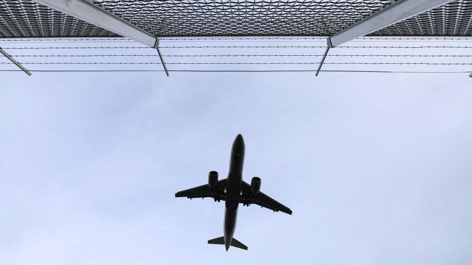Die Nähe zum Flughafen bringt Offenbach viele Vorteile aber auch den damit verbundenen Lärm.