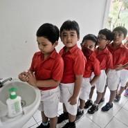Handhygiene muss gelernt werden – wie hier in einer indonesischen Kita.