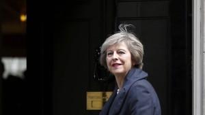 Die Brexit-Premierministerin tritt an