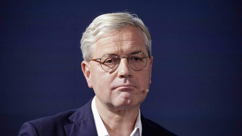 Rottgen Wirbt Im Rennen Um Cdu Vorsitz Mit Merz Themen