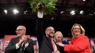 Strahlender Sieger: Martin Schulz am Sonntag (Mitte)