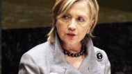 Clinton fordert Bestrafung des Irans wegen Atomprogramm