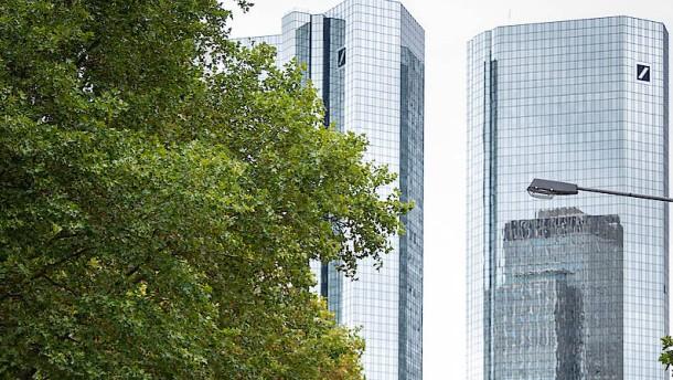 Deutsche Bank und Postbank verkaufen im Januar viele ESG-Fonds