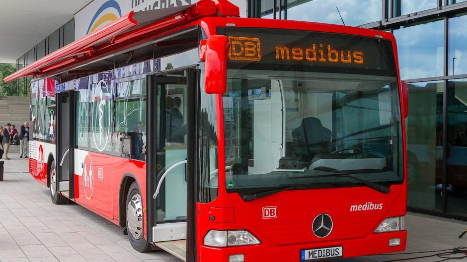 Medibus: Ärzte auf Rädern sollen die medizinische Versorgung Hessens verbessern.