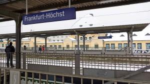 Frau von S-Bahn erfasst und getötet