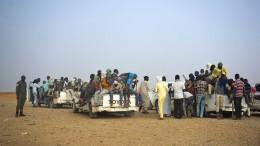 Algerien setzt Tausende Migranten in der Wüste aus