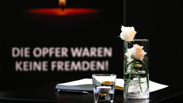 Nach Beifall im Internet zu  Hanauer Anschlag 84 Strafverfahren