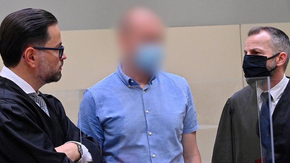 Doping im Profisport: Mark S. (Mitte) drohen mehrere Jahre Haft.