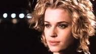 "Film-Kritik: Rebecca Romijn-Stamos in ""Femme Fatale"""