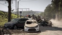 Unwetter in Belgien spült Autos weg