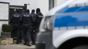 Razzien bei Rechtsextremisten in Osthessen