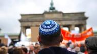 Meinungskampf in Deutschland: Debatte um Antisemitismus und den Nahost-Konflikt