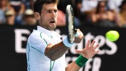 Djokovic und Federer m Viertelfinale