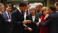Großbritanniens Premierministerin Theresa May bei der Ankunft in Brüssel im Kreis der EU-Staats- und Regierungschefs