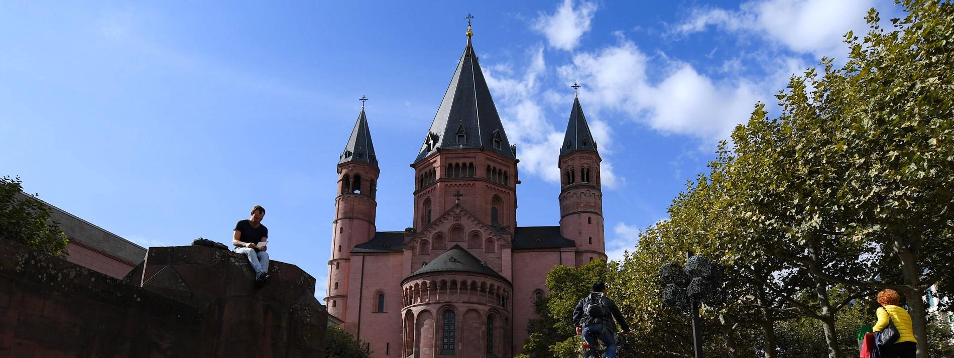 Bistum Mainz erwartet zweistelliges Millionen-Defizit