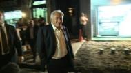 Strauss-Kahn feiert Freilassung aus Hausarrest beim Italiener