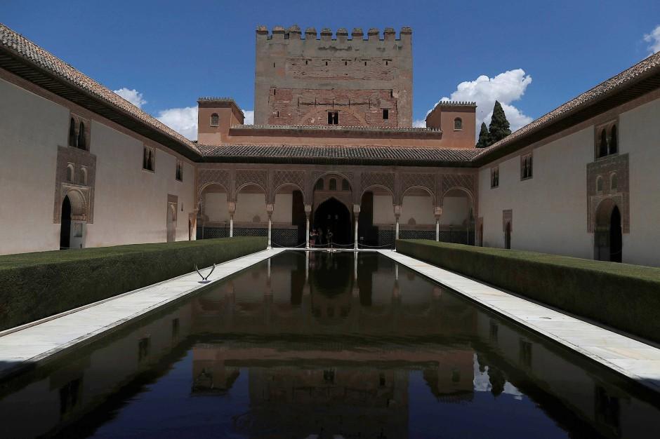 Wasser als Symbol der Mächtigen: Die Alhambra in Granada.